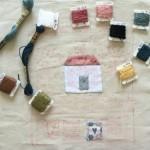 Cojín de patchwork y bordado Quilt Shoppe