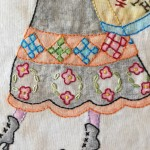 falda de patchwork y bordado