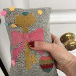 Patrón patchwork gratis alfiletero aplicaciones lana